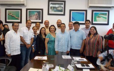 ((FOTOS)) Nombra el Gobernador Carlos Joaquín a Alicia Ricalde Magaña, Directora General de la APIQROO