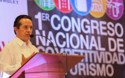 """((AUDIO)) Mensaje del Gobernador Carlos Joaquín en su ponencia: """"Retos del Turismo en México""""."""