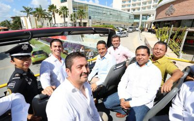 ((FOTOS)) Inaugura el Gobernador Carlos Joaquín primer Turibus de Cancún