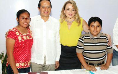 ((FOTOS)) Instalación del Sistema Nacional para la Protección de Niñas, Niños y Adolescentes del DIF Quintana Roo con la Secretaría de Gobernación.