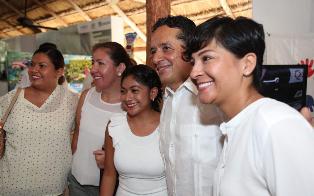 Más de 11 mil personas colocadas en empleos formales: Carlos Joaquín