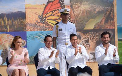 ((FOTOS))El Gobernador de Quintana Roo,  Carlos Joaquín y el Presidente de la República Mexicana, Enrique Peña Nieto, en la Presentación del Decreto de Reserva de la Biósfera Caribe Mexicano
