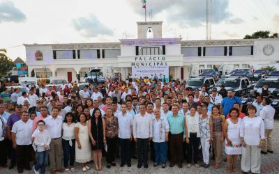 ((AUDIO)) Mensaje del Gobernador Carlos Joaquín en la entrega de parque vehicular institucional, en Playa del Carmen