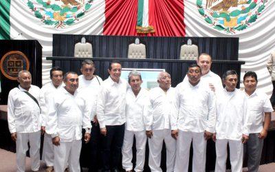 ((AUDIO)) Mensaje del Gobernador Carlos Joaquín en el Congreso del Estado durante el 42 Aniversario de la Constitución del Estado Libre y Soberano de Quintana Roo