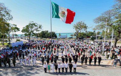 Preside el Gobernador Carlos Joaquín ceremonia alusiva al 196 Aniversario del Día de la Bandera