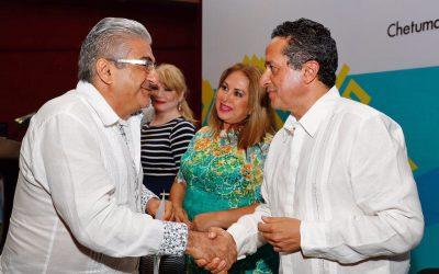 ((FOTOS)) El Gobernador Carlos Joaquín asiste al informe de la Presidenta del Barzón en el Estado, Patricia Palma Olvera