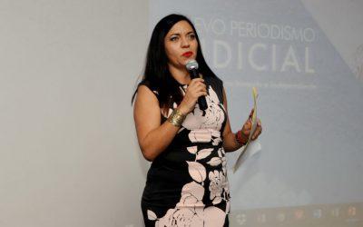 ((VIDEO)) Presentación del periodista Marco Lara Klahr en Chetumal, por parte de la Vocera del Gobierno de Quintana Roo, Haidé Serrano.