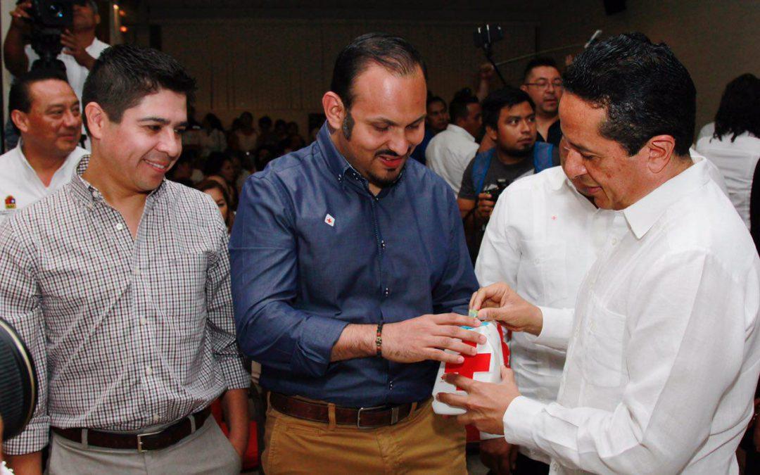 ((FOTOS)) El Gobernador Carlos Joaquín encabeza el arranque de la Colecta Nacional 2017 de la Cruz Roja Mexicana en Chetumal