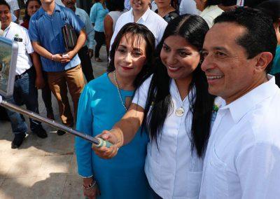 carlos-joaquin-inauguracion-2a-feria-de-empleo-03