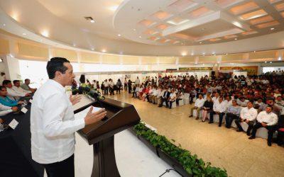 ((VIDEO)) El Gobernador Carlos Joaquín inaugura la 2ª Gran Feria de Empleo y Servicios Laborales en Chetumal