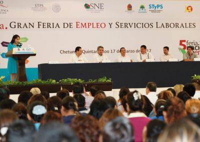 carlos-joaquin-inauguracion-2a-feria-de-empleo-09