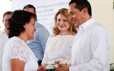 Con créditos a la palabra para las mujeres y el impulso a los jóvenes emprendedores, disminuimos la desigualdad: Carlos Joaquín