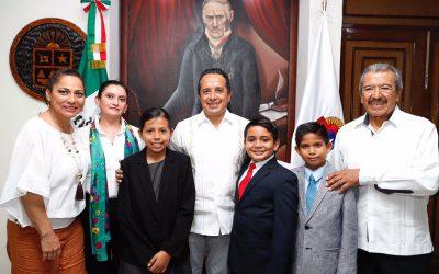 El Gobernador Carlos Joaquín recibe a diputados infantiles federales del Décimo Parlamento de las Niñas, Niños de México 2017