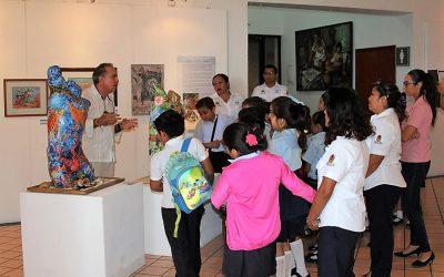La FPMC fomenta la cultura y el arte en alumnos cozumeleños