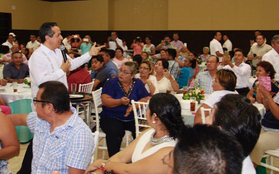 Para construir el futuro de las nuevas generaciones, nos necesitamos todos: Carlos Joaquín