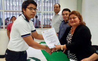 Fundación Autosur, A.C. apoya a 17 estudiantes del plantel CONALEP Cancún III