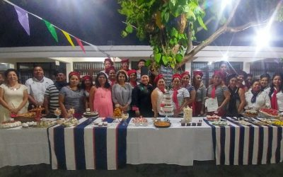 Icatqr capacita a quintanarroenses en la especialidad de pastelería francesa