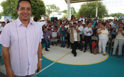 """((FOTOS)) El Gobernador Carlos Joaquín en el arranque de la audiencia """"Platícale al Gobernador"""" en José María Morelos"""
