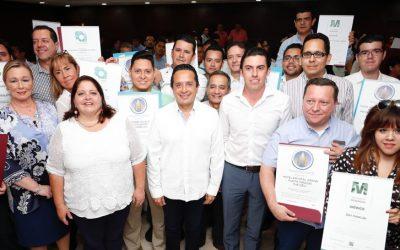 En turismo, Quintana Roo crece con liderazgo: Carlos Joaquín