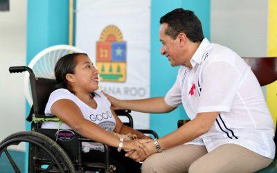 """((FOTOS))El Gobernador Carlos Joaquín en audiencia pública """"Platícale al Gobernador"""" en la cabecera municipal de Felipe Carrillo Puerto"""