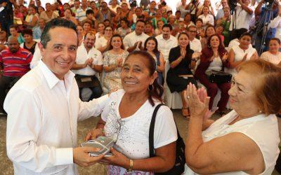 ((FOTOS)) Avanzamos hacia un Quintana Roo incluyente: Carlos Joaquín