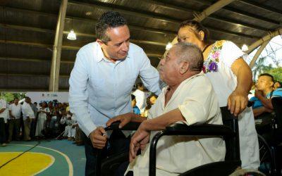 DIF Quintana Roo acerca servicios a personas de la comunidad de Señor