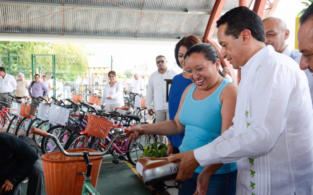 ((FOTOS)) Apoyos a la economía familiar para disminuir la desigualdad: Carlos Joaquín