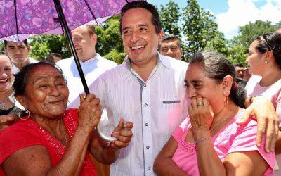 Con créditos a la palabra a mujeres, disminuimos la desigualdad: Carlos Joaquín