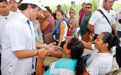 Me da gusto venir al campo a inaugurar estos caminos, que hoy son promesas cumplidas de campaña: Carlos Joaquín