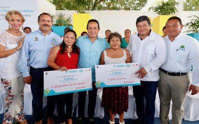 Con créditos a la palabra a mujeres, disminuimos la desigualdad e impulsamos el desarrollo social: Carlos Joaquín