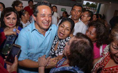 ((FOTOS)) Carlos Joaquín impulsa nuevos proyectos de fomento al autoempleo