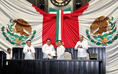 ((VIDEOGALERIA)) El Gobernador Carlos Joaquín ante el Congreso del Estado en la entrega de su primer Informe de Gobierno