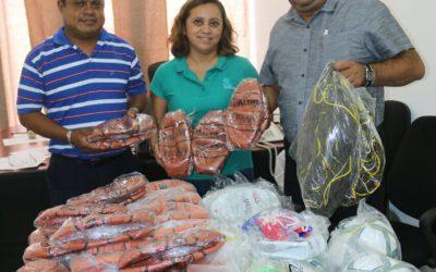 LA COJUDEQ apoya el deporte estudiantil con entrega de material deportivo a los colegio de bachilleres en el marco de su convivencia estatal