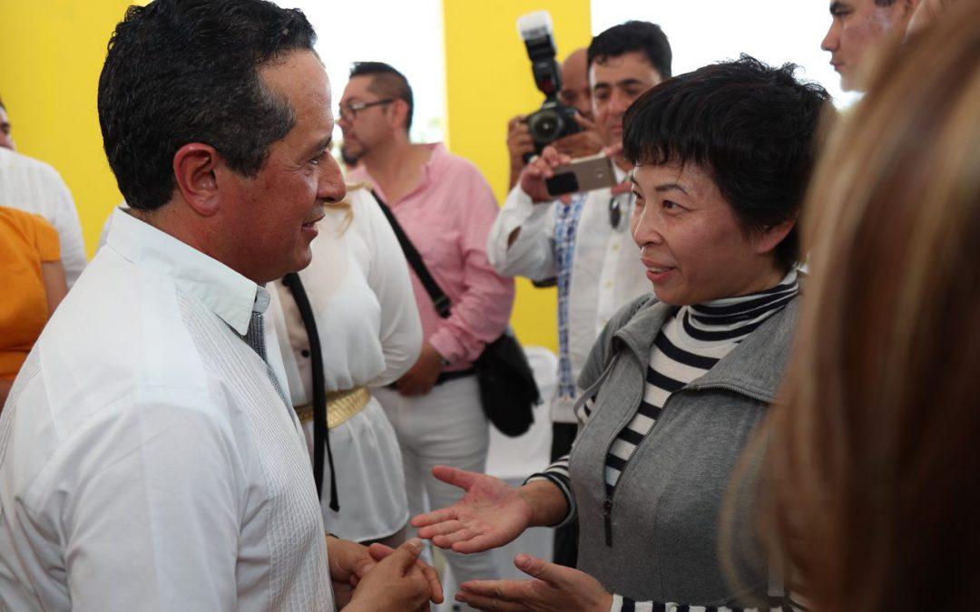 ((FOTOS)) Juntos podemos detonar la diversificación económica en el sur de Quintana Roo: Carlos Joaquín