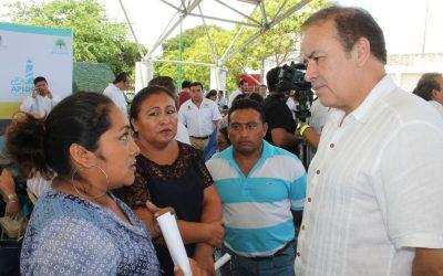 """Sedetus atiende familias cancunenses en Audiencia Pública """"Platícale al Gobernador"""""""