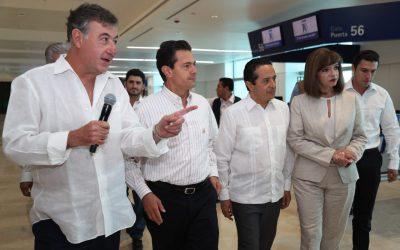 Nueva terminal del aeropuerto de Cancún ensancha la puerta para la llegada de mayores oportunidades para tener más trabajo: Carlos Joaquín