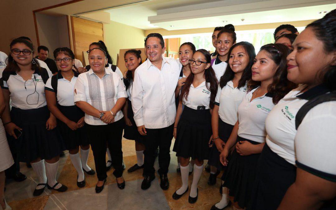 El gobernador Carlos Joaquín inauguró el XXIV Congreso Nacional de Ciencia y Tecnología del Mar