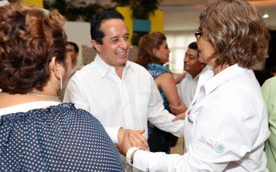 Mil 260 médicos de la Secretaría de Salud dan atención de primer nivel en Quintana Roo: Carlos Joaquín