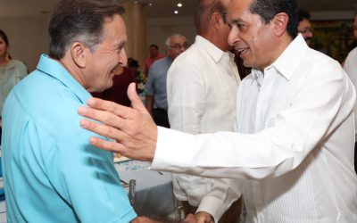 ((FOTOS)) Mil 260 médicos de la Secretaría de Salud dan atención de primer nivel en Quintana Roo: Carlos Joaquín