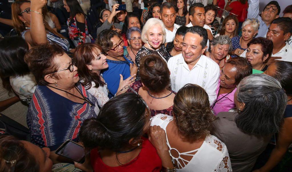 Reafirma Carlos Joaquín su compromiso con la igualdad de género