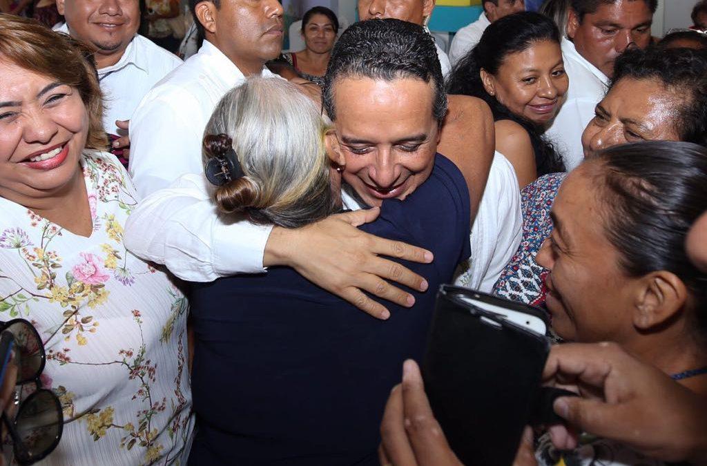 ((FOTOS)) Reafirma Carlos Joaquín su compromiso con la igualdad de género
