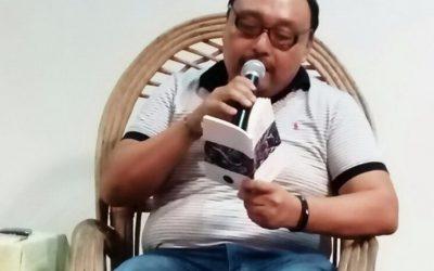 Magnífica lectura de poemas realizó Ever Canul