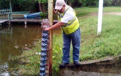 Monitorea Coeproc nivel del Río Hondo en la comunidad de La Unión