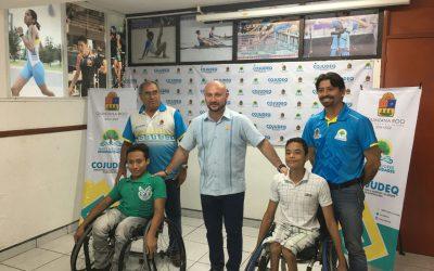 Titular de la COJUDEQ entrega silla de ruedas a basquetbolistas quintanarroenses