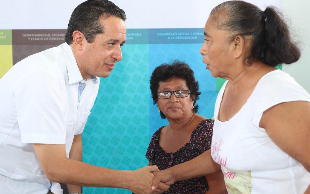 """Cara a cara, comunidades mayas y Carlos Joaquín en """"Platícale al gobernador"""""""