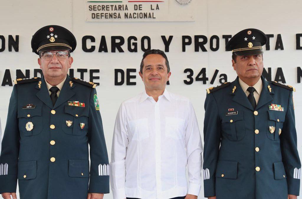 El ejército y el gobierno trabajamos juntos para proteger a la gente: Carlos Joaquín