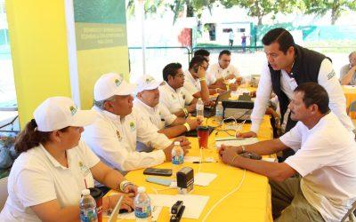 """Sedarpe presente en la audiencia pública """"Platícale al Gobernador"""" en Isla Mujeres"""