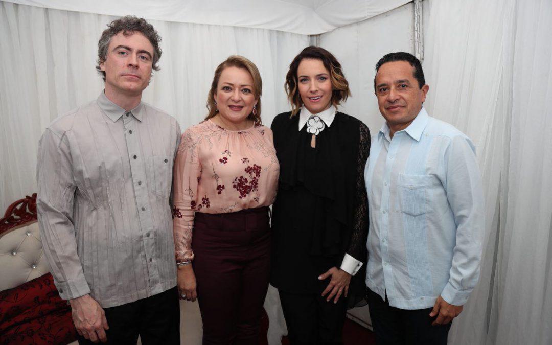 """((FOTOS)) Alondra de la Parra dirige en Chetumal el concierto """"Navidad en Quintana Roo 2017"""""""