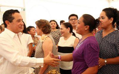 Más acciones en favor de las mujeres para que tengan más y mejores oportunidades: Carlos Joaquín