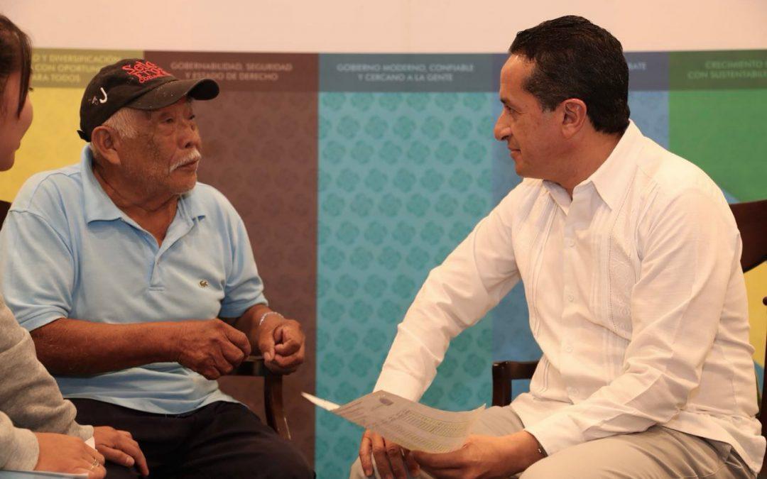 """((FOTOS)) El Gobernador Carlos Joaquín realiza la Audiencia Pública """"Platícale al Gobernador"""" en el Centro de Convenciones de Cozumel"""